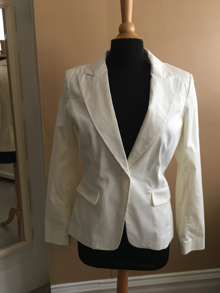 store, closet, for sale, clothes, cedar rapids, vintage, fun, new york and company, blazer, suit, suit piece